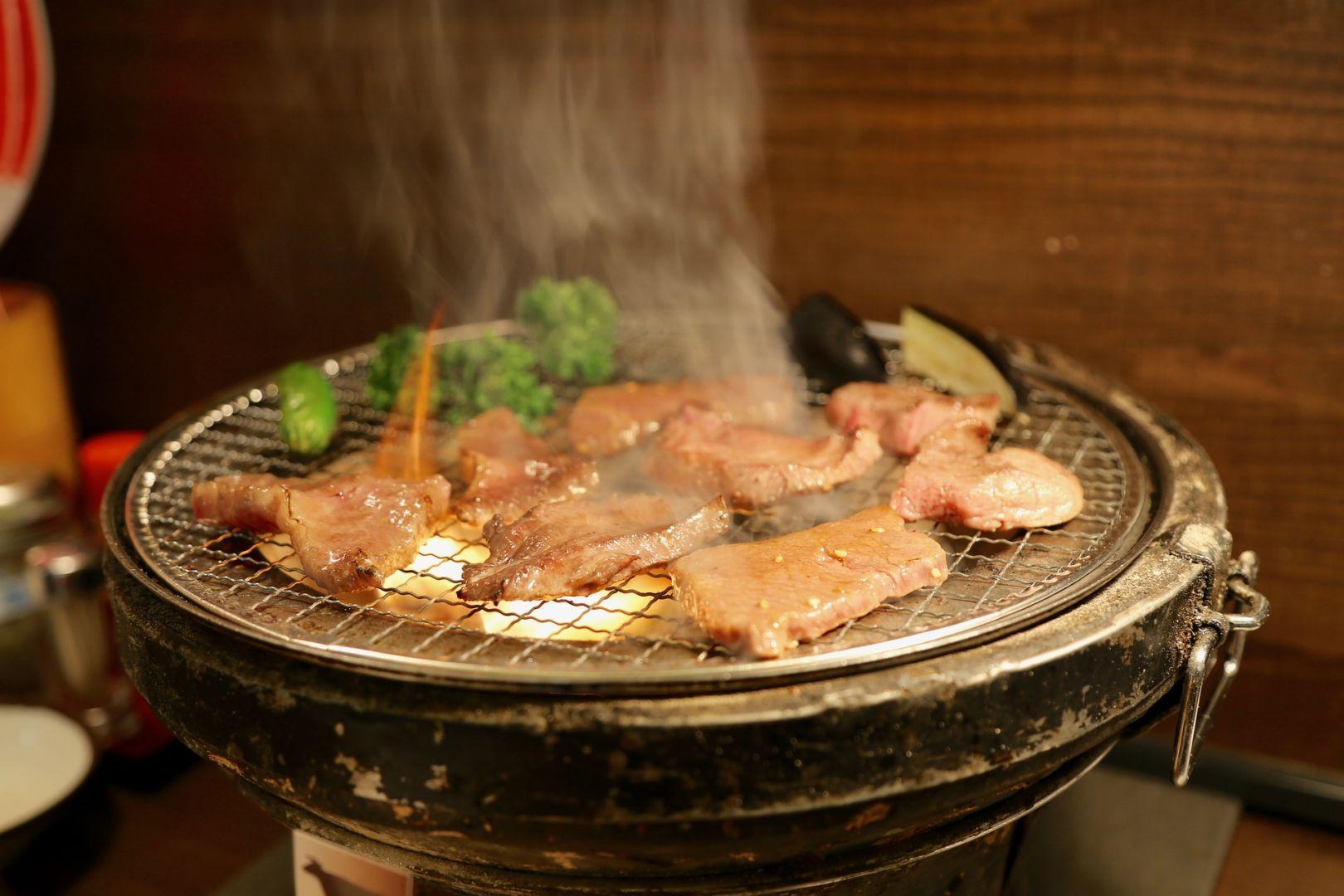 yakiniku carne alla griglia bbq barbecue giapponese