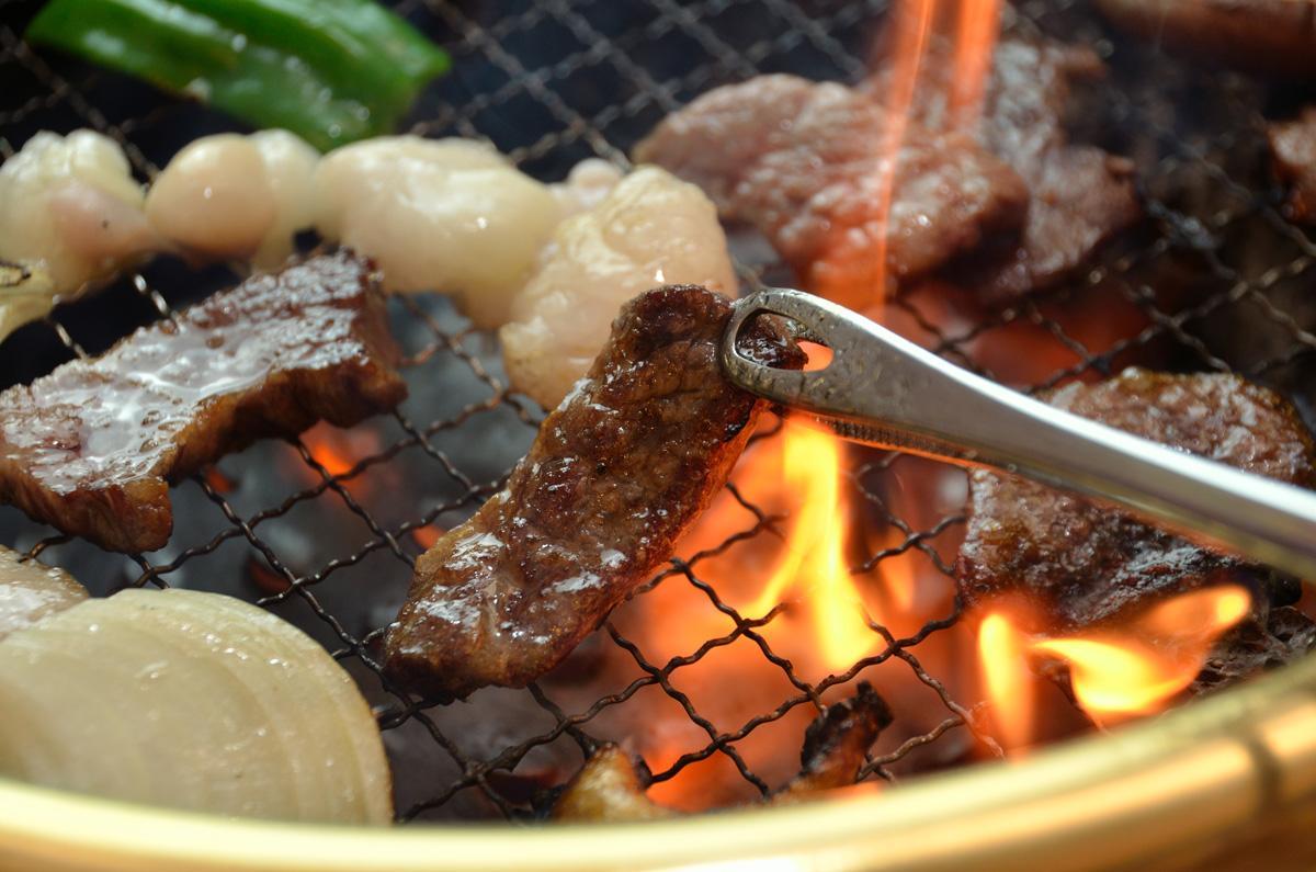 yakiniku carne alla griglia giapponese