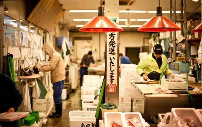 Omicho mercato a kanazawa